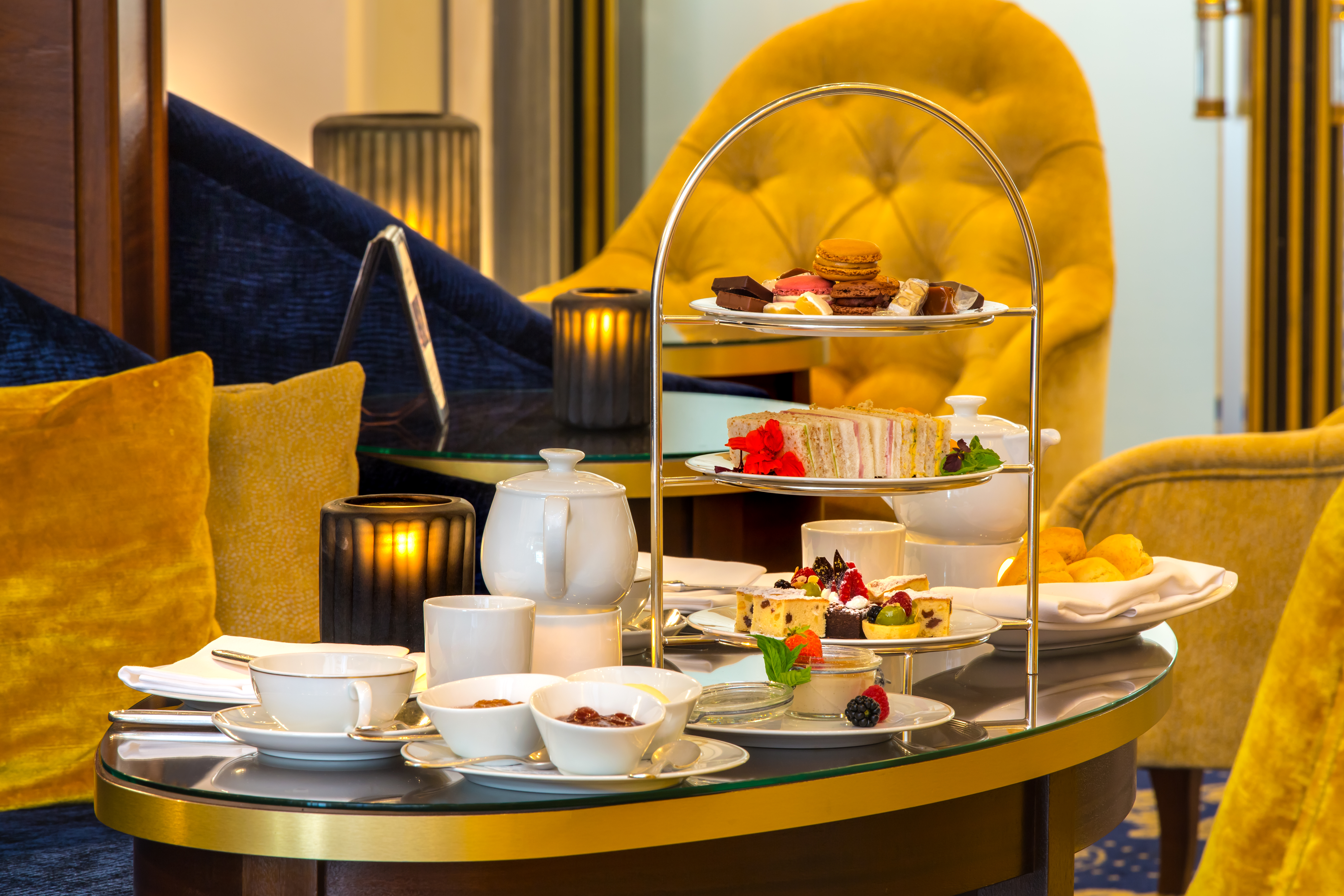 Afternoon Tea inspired by Pierre Hermé - Picture: Excelsior Hotel Ernst