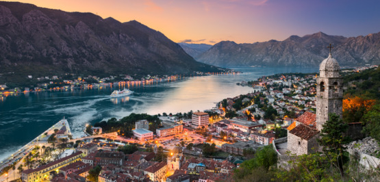 Montenegro: Climbing with sea views