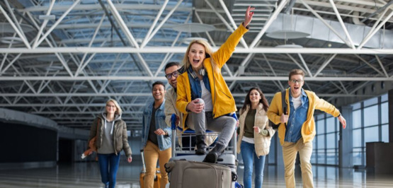 9 reasons not to book group flight tickets yourself